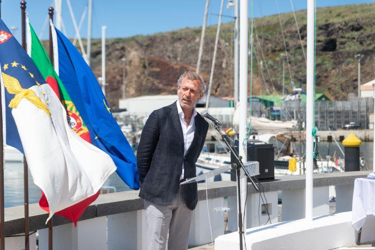 José Archer, Presidente da ABAE, na cerimónia Oficial de Primeiro Hastear Bandeira Azul em Marina, na Marina de Vila do Porto, Santa Maria, também no dia 5 de Junho (imagem ABAE)