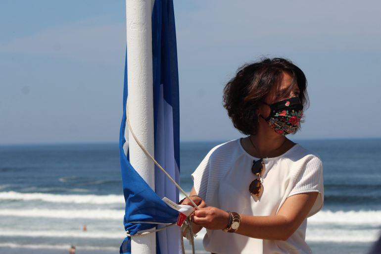 No dia 12 de junho, a Praia de Moledo acolheu a cerimónia oficial de hastear da primeira Bandeira Azul da Região Norte, presidida pela secretária de Estado do Turismo, Rita Marques (imagem ABAE)
