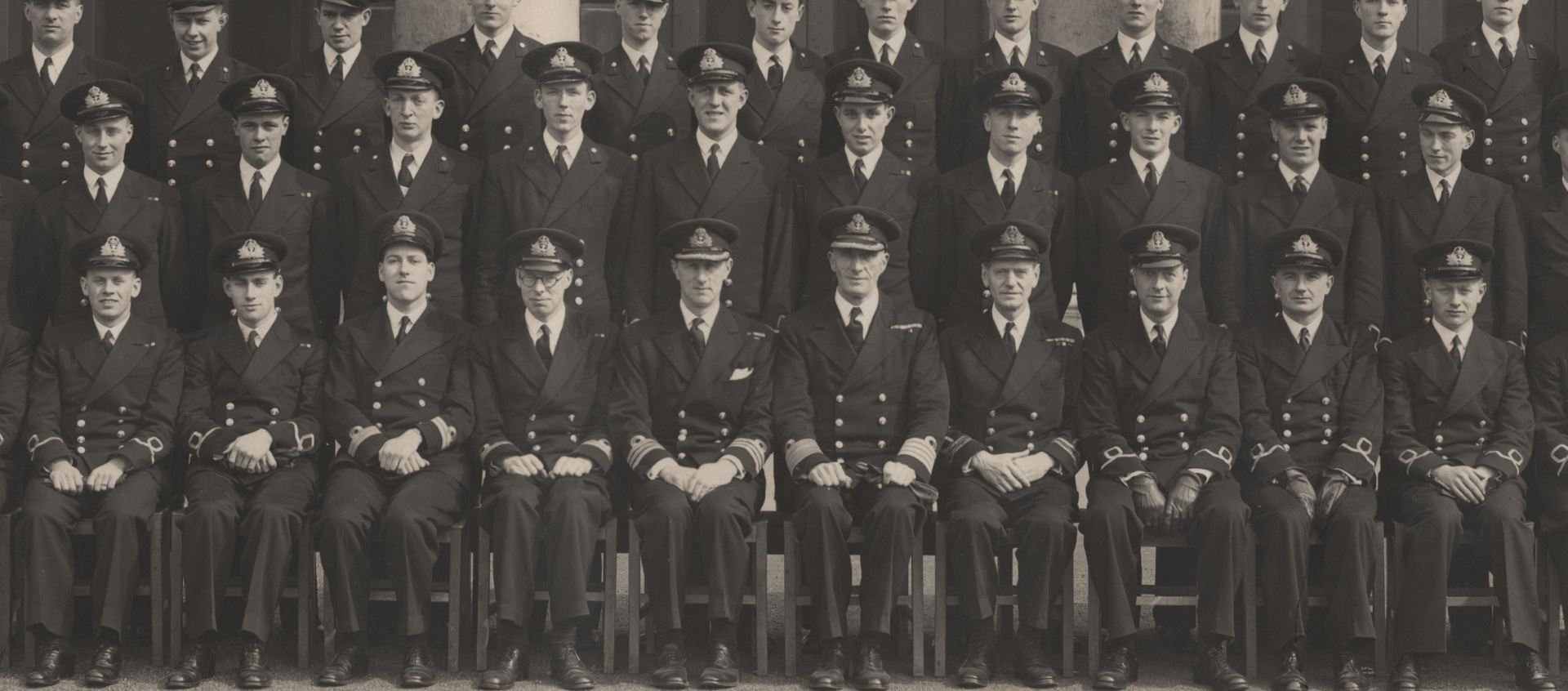 The Royal Navy Officers Pocket Book (1944)