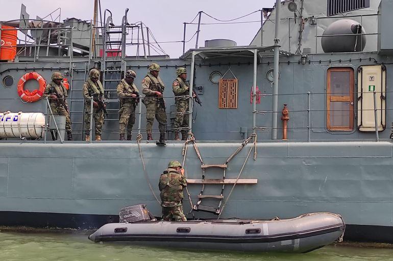 O pelotão de abrodagem da GC santomense, utiliza o NRP ZAIRE para os seus treinos (imagem MGP)