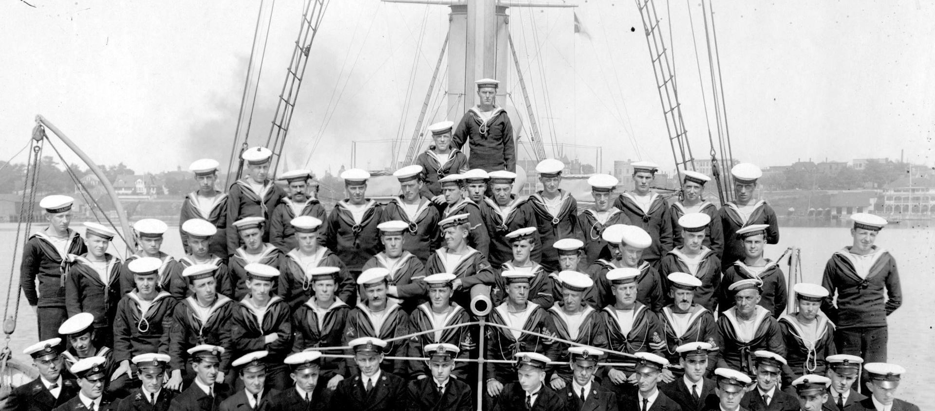 """A """"greve"""" da Royal Navy contra os cortes nos vencimentos"""